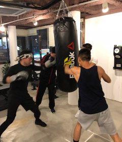 ボクシングクラス初級、中級、発展って何?